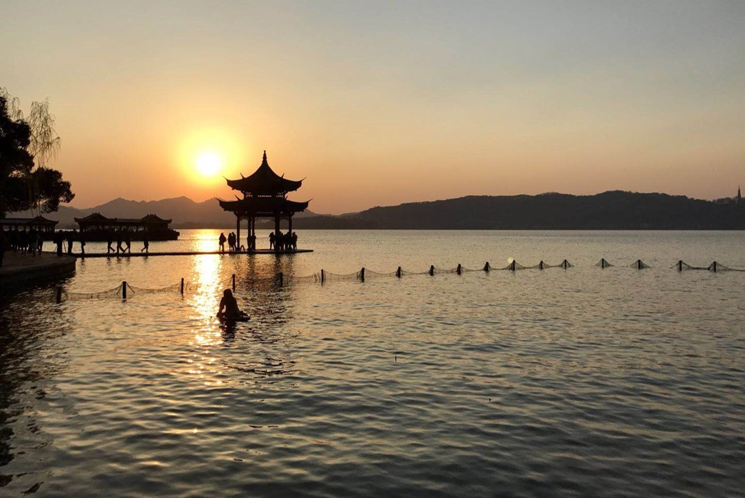 gap year in hangzhou
