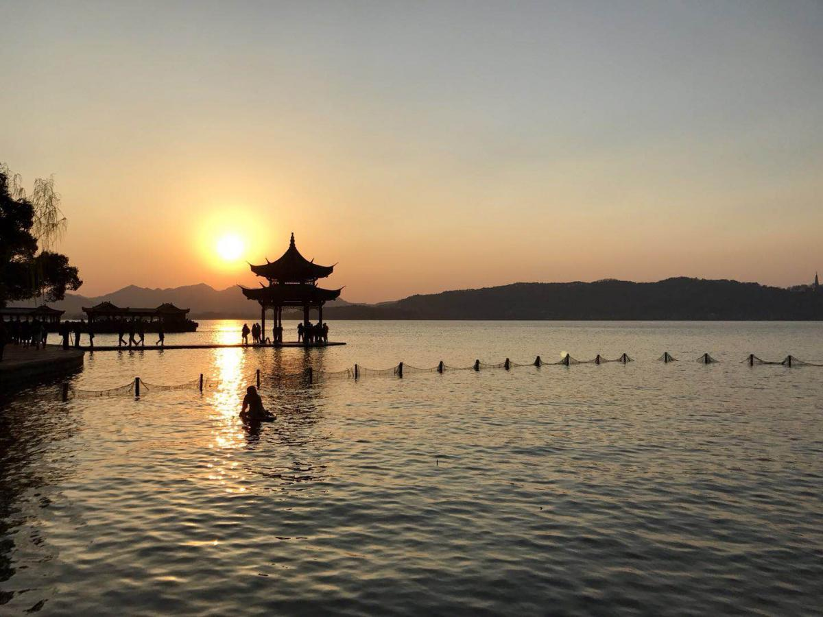 learn chinese and intern in Hangzhou